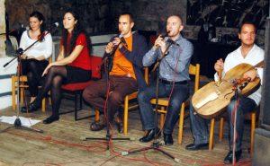 Táncház a Hárompatak zenekarral – Komáromban